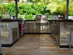 San Diego BBQ Grills Beautiful Outdoor Kitchen Space, Outdoor Living Space, and BBQ Grill with custom counter-tops