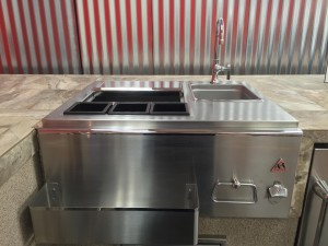 Outdoor Sink for BBQ Grills